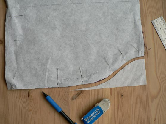 Shaping added to bottom edge of nightshirt pattern instead of side slits